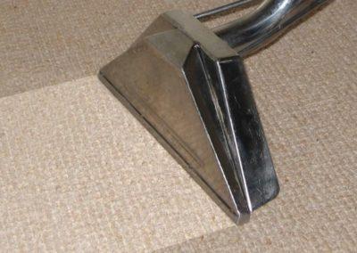 Suché čištění koberců 07