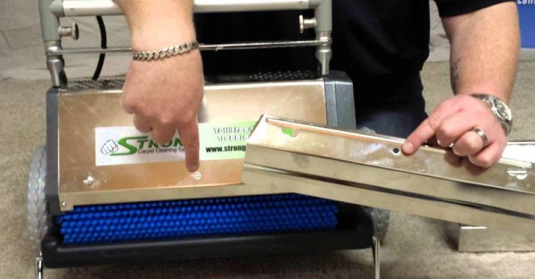 Suché čištění koberců přírodním granulátem